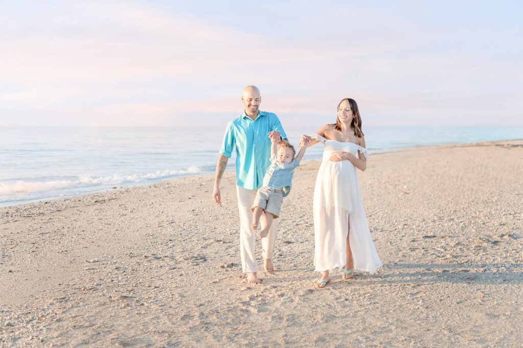 dania-beach-sunrise-maternity-session