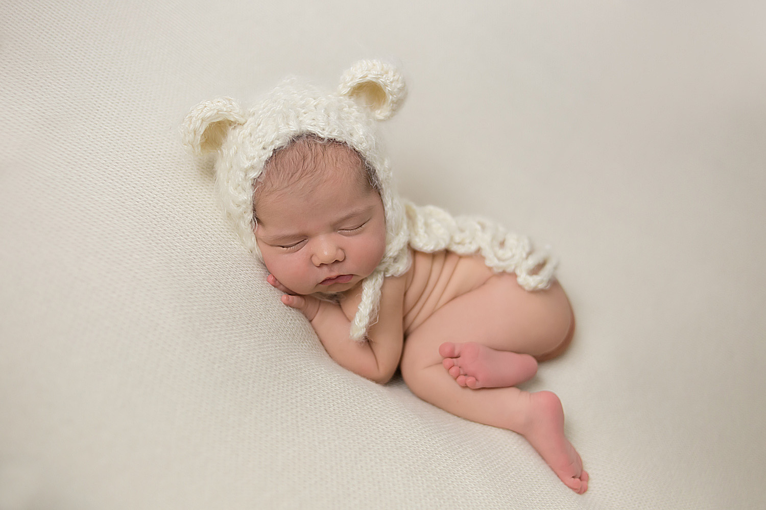 Newborn photoshoot teddy bear hat by hollywood newborn photographer
